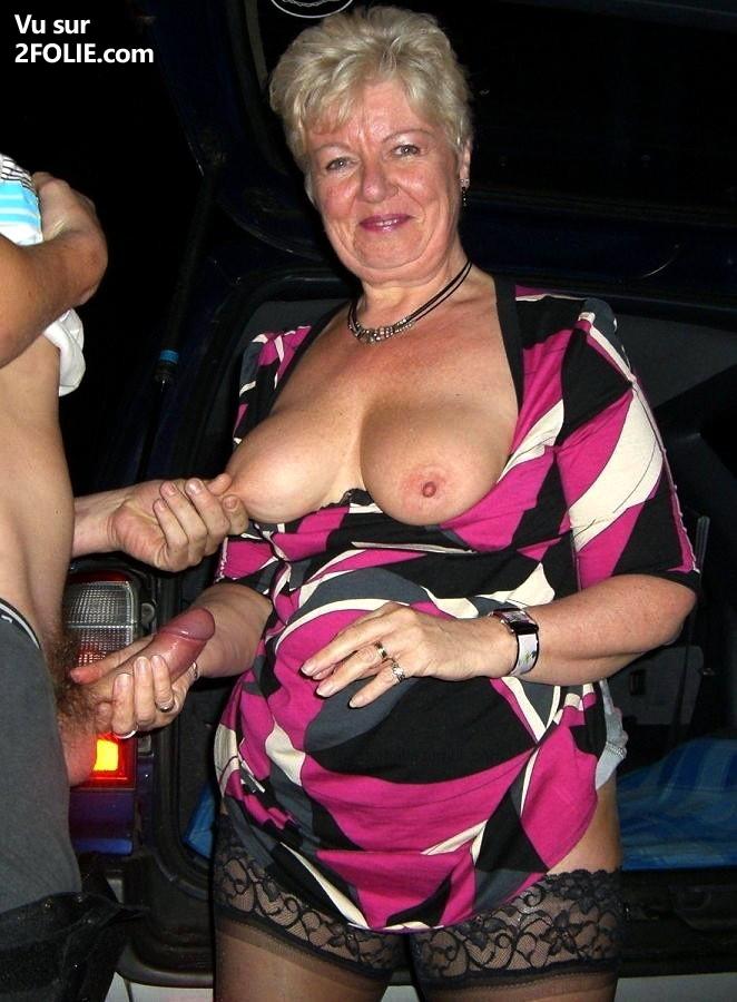Porno francais club echangiste jolie image de femme nue en porte jarretelle