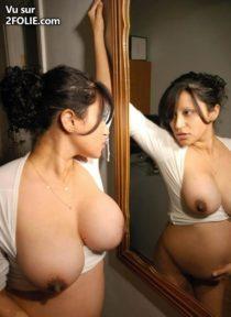 sexy-dans-le-miroir-201685-6.jpg