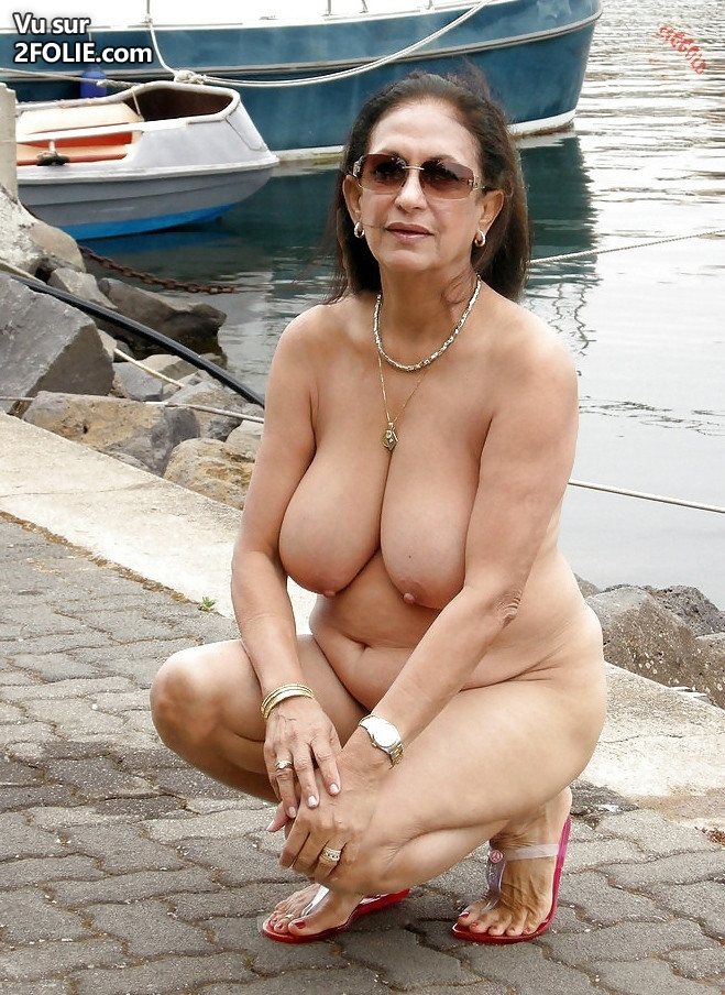femme 60 ans salope exhiber sa femme