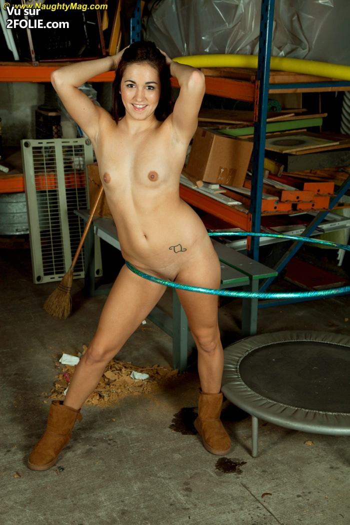 strip tease chaud cu gratuit