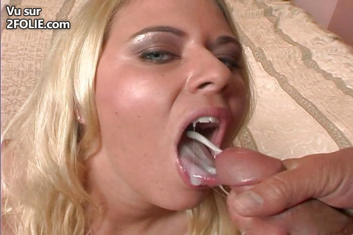 bouche rempli de sperme belle amatrice