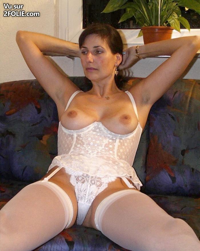 Büstenhebe Porno
