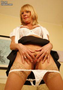 vulve de vieille lingerie salope